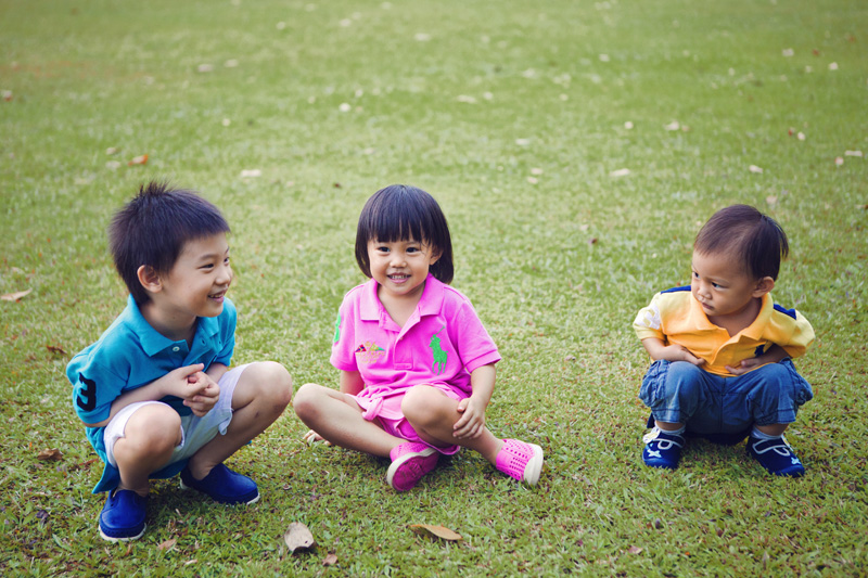 Kao kids on the grass