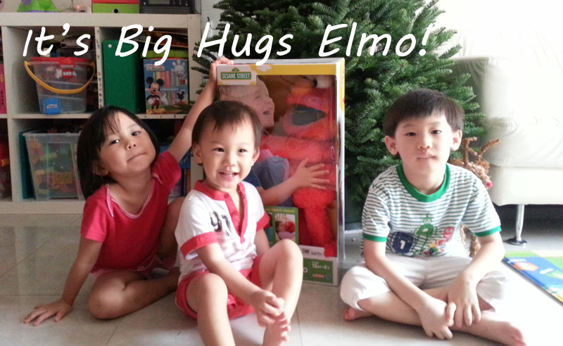 Kao kids with Elmo