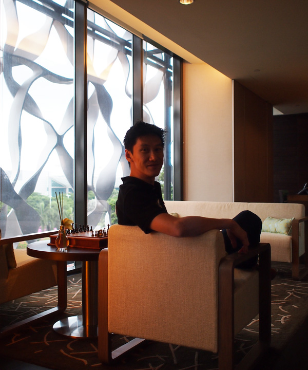 Fatherkao at the Club Lounge