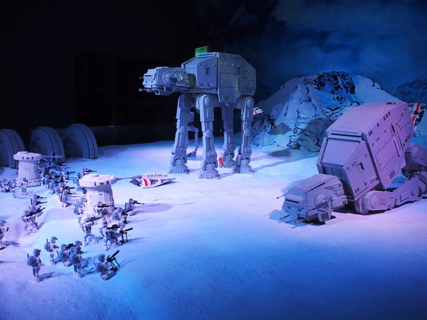 Episode V: The Empire Strikes Back - taking refuge in icy planet, Hoth
