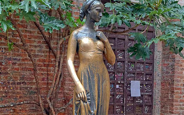 Verona's Juliet, looking all worn out (Photo Source)