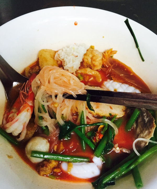 This is Thai style seafood yong tau foo with the sweet sauce and chilli sauce mixed. Kids had it in sweet.