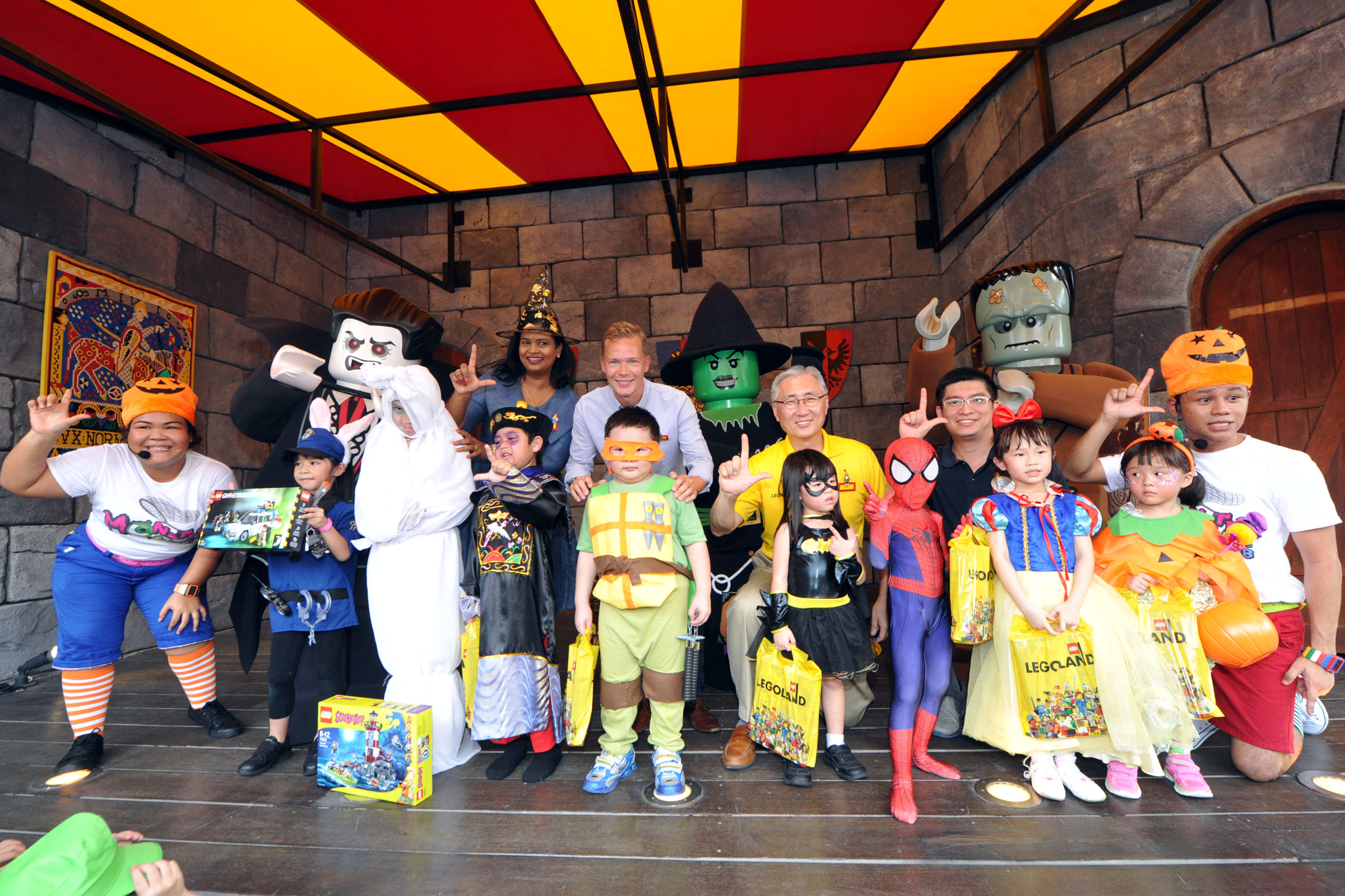 Legoland Malaysia VIPs and the best dressed finalists Picture Credit: Legoland Malaysia