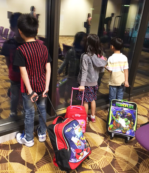 Goodbye November: the Kao Kids looking out to see where December is taking us