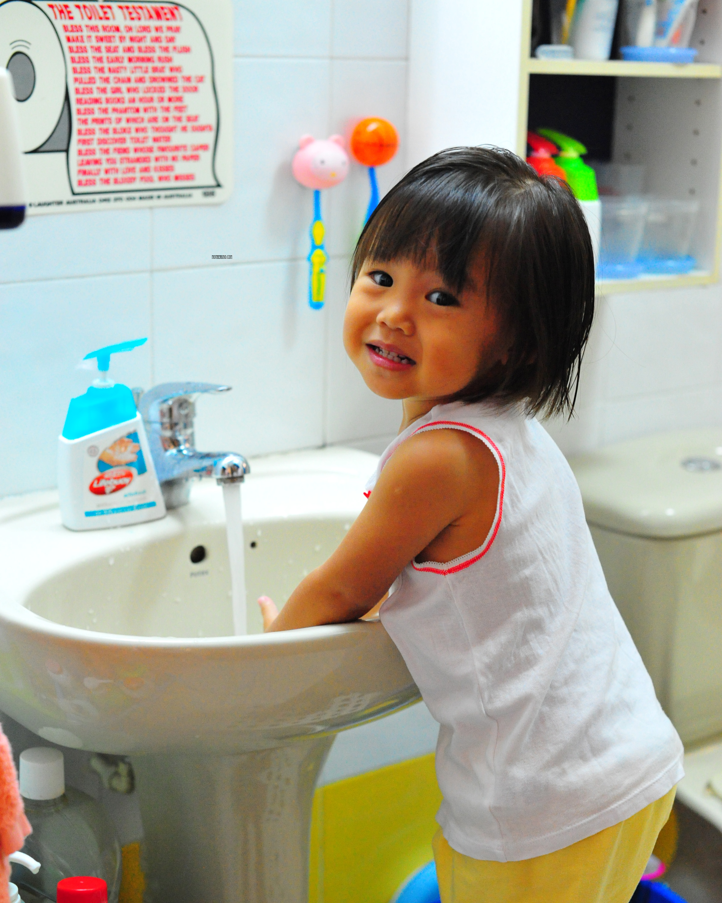 In support of Global Handwashing Day - Motherkao Kids Washing Hands
